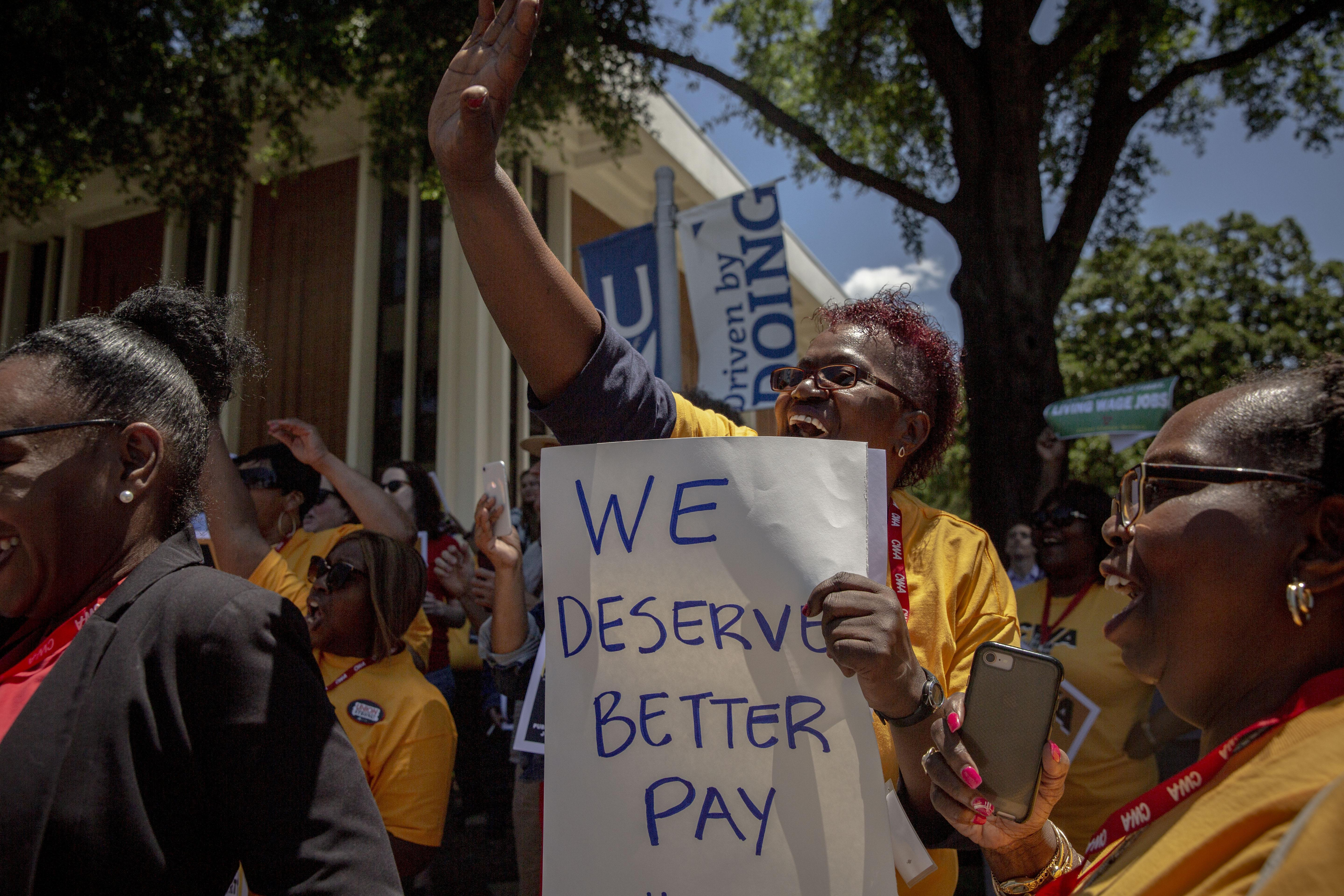 Rally for $15/hr at the University of Memphis in June 2019. Photo by Andrea Morales.